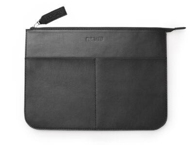 nasire laptopcase in black smooth leather