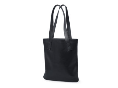 nasire tote in black smooth leather